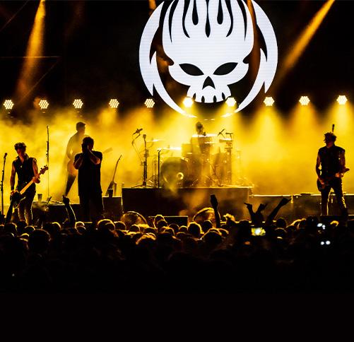 groupe the offspring en concert sur scene